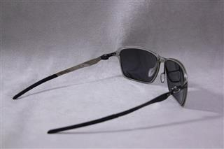 black and red oakley sunglasses  black/black