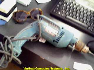 HP1640 DRILL MAKITA  6 AMP 5/8 IN. CORDED HAMMER DRILL MPW3520 GREEN/BLK