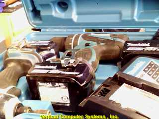 BL1830,_XPH01 DRILL MAKITA  WITH BATTERY EACH, BATTERY CHARGER GREEN