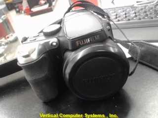FUJIFILM S8100FD     BLACK