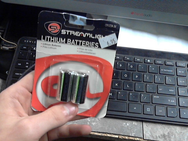 STREAMLIGHT Battery/Charger LITHIUM BATTERIES CR123A