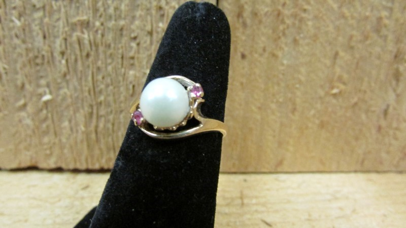 Synthetic Pearl Lady's Stone Ring 14K Yellow Gold 2.6g Size:6.3