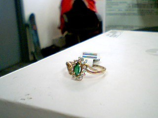 Synthetic Emerald Lady's Stone & Diamond Ring 12 Diamonds .12 Carat T.W.
