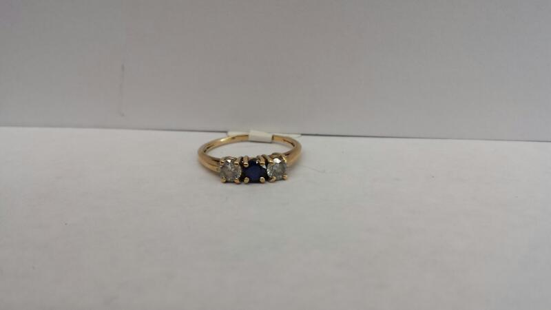 14k Yellow Gold Ring with 1 Blue Stone and 2 Clear Stones
