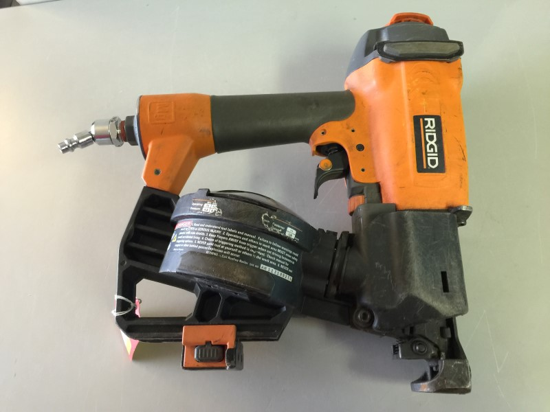 Ridgid R175rnd 1 3 4 In 15 Gauge Roofing Coil Nailer Good