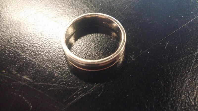 Gent's Gold Ring 10K Yellow Gold 3.1dwt Size:8.5