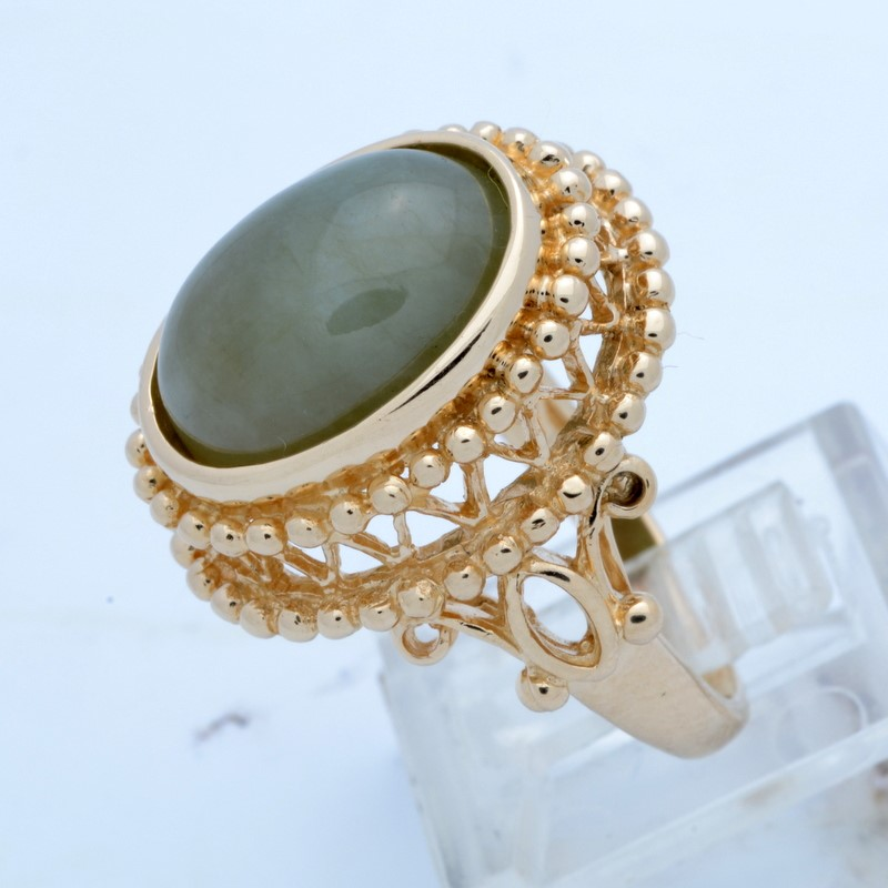 ESTATE JADE GREEN RING SOLID 14K GOLD OVAL CABOCHON DECO SIZE 8.5