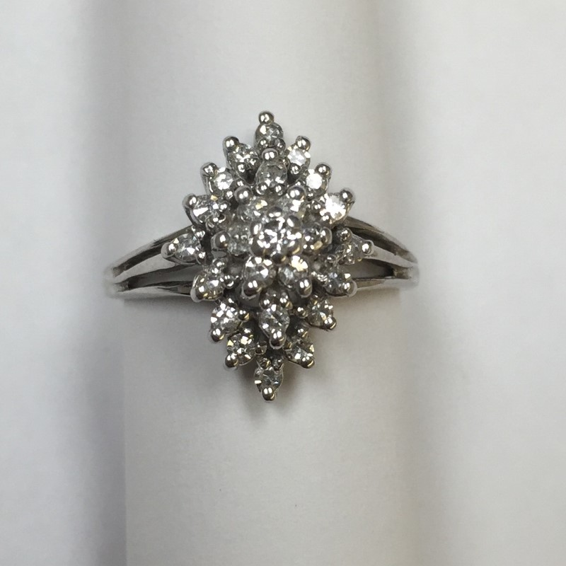 Lady's Diamond Cluster Ring 25 Diamonds .25 Carat T.W. 14K White Gold 2.1dwt