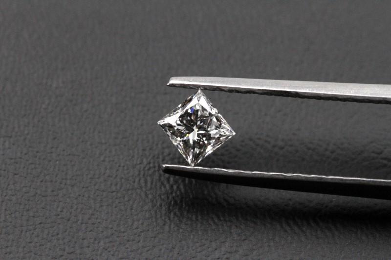 0.53CT PRINCESS CUT DIAMOND EGL CERTIFIED