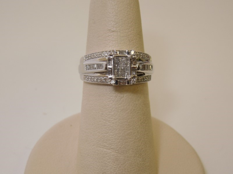 Lady's Diamond Wedding Band 76 Diamonds .86 Carat T.W. 10K White Gold 4.1g