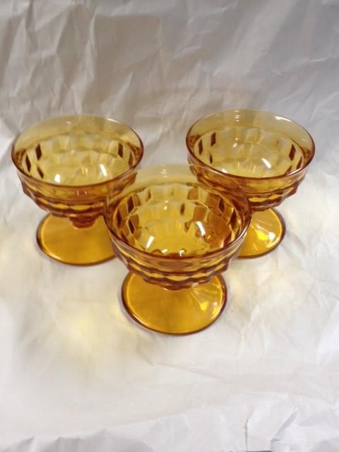 AMBER ICE CREAM CUPS X7