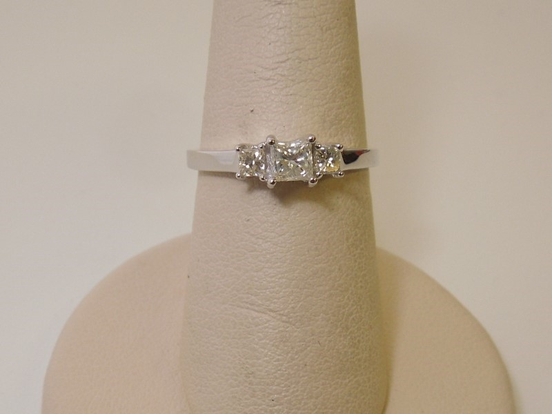 Lady's Diamond Cluster Ring 3 Diamonds .48 Carat T.W. 14K White Gold 2g