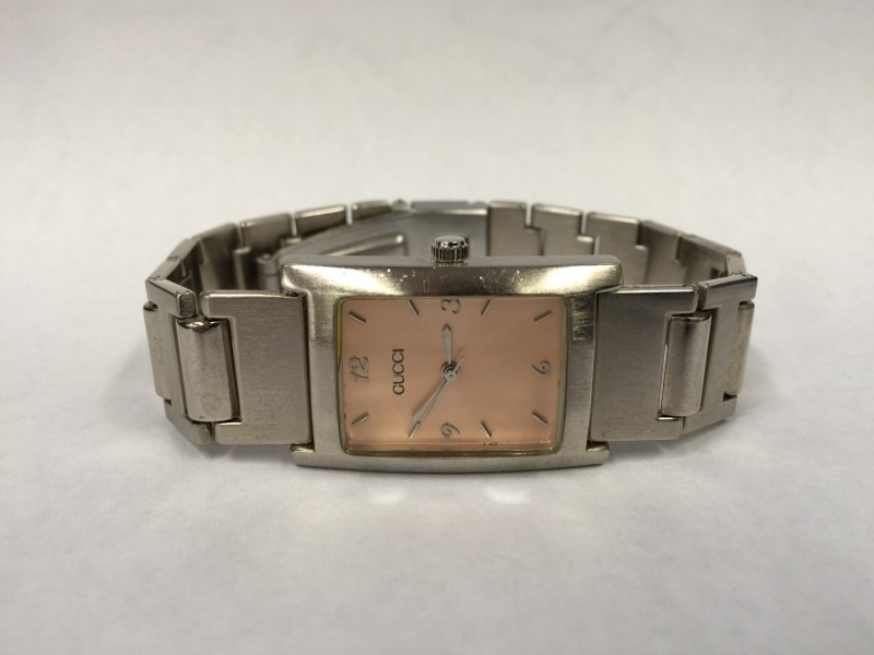 GUCCI Lady's Wristwatch 2889L