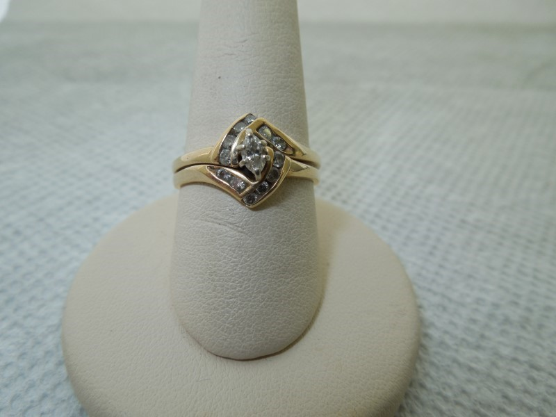 Lady's Diamond Cluster Ring 13 Diamonds .34 Carat T.W. 14K Yellow Gold 5g