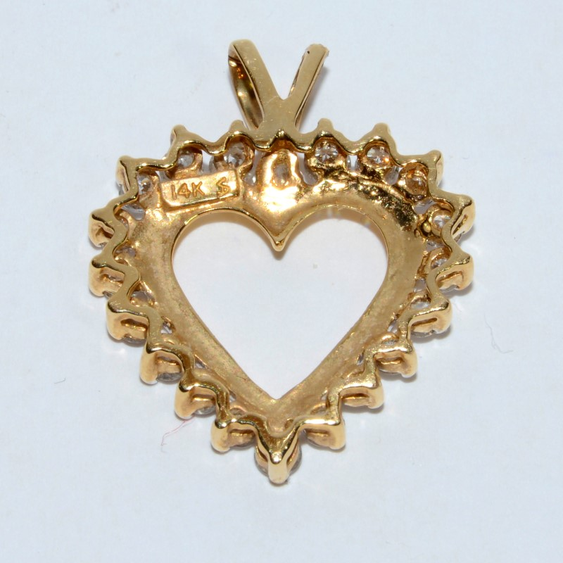 Gold-Multi-Diamond Pendant 20 Diamonds 2.00 Carat T.W. 14K Yellow Gold 3.56g