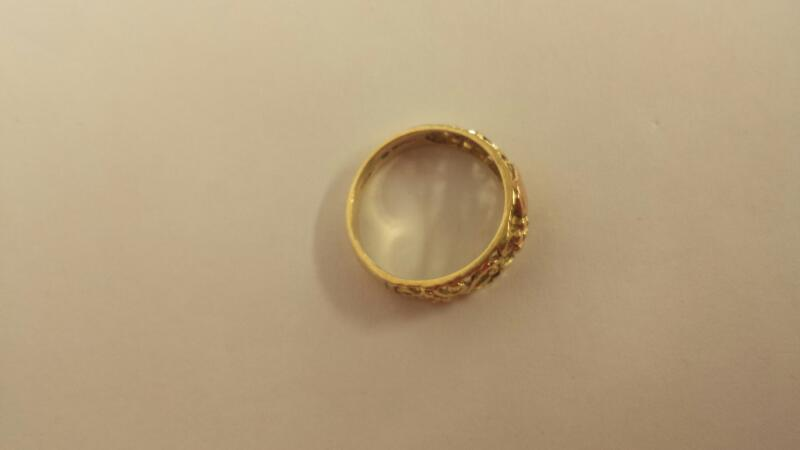 Lady's Gold Ring 10K Yellow Gold 1.9dwt Size:7