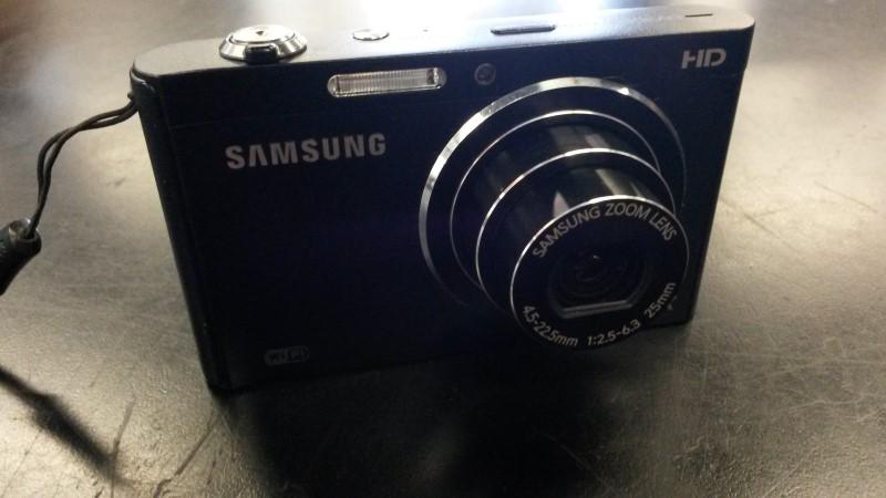 SAMSUNG Digital Camera DV300F
