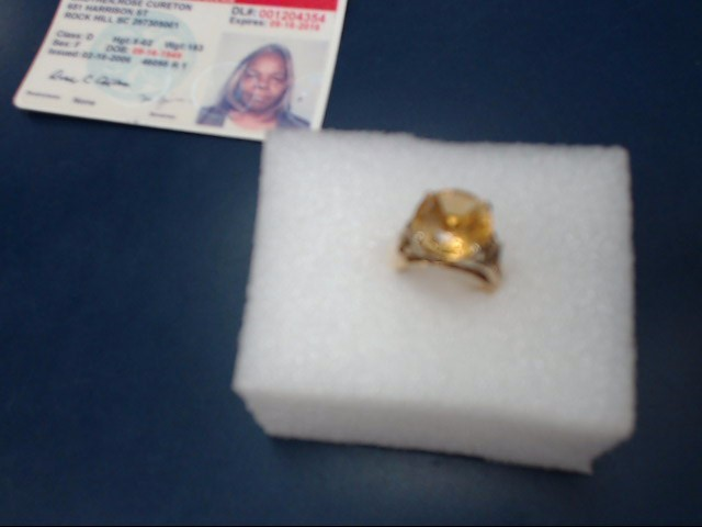 Yellow Stone Lady's Stone Ring 18K Yellow Gold 5.02dwt
