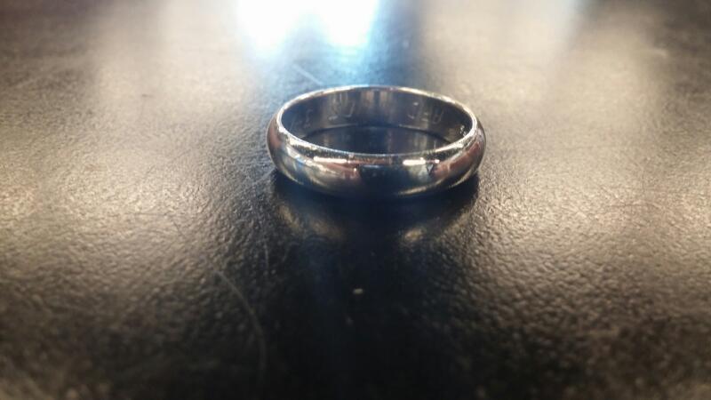 Gent's Gold Ring 14K White Gold 3.9dwt Size:9