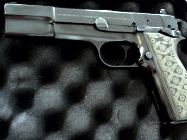 BROWNING Pistol HI POWER