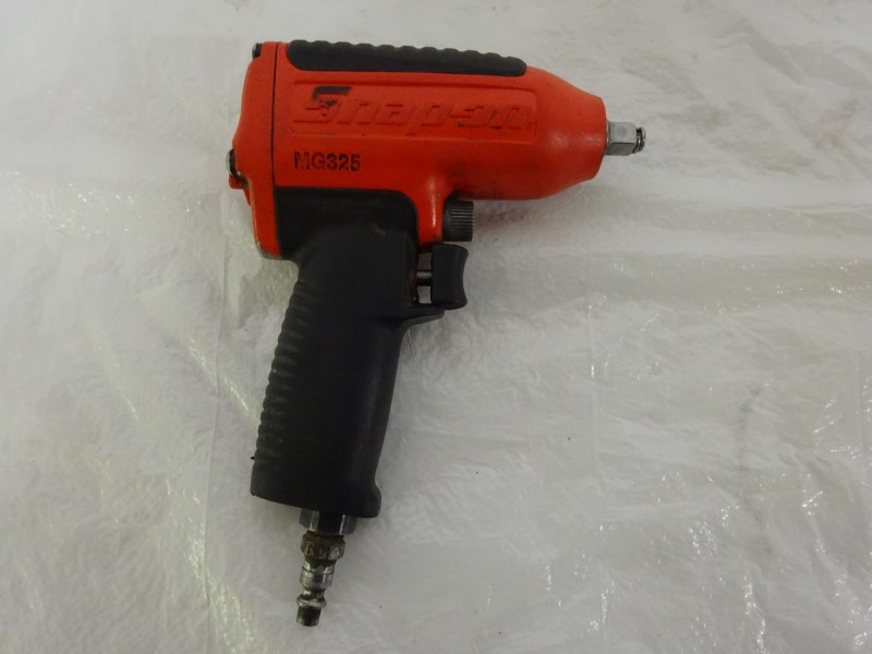 SNAP ON Air Impact Wrench MG325