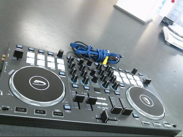 GEMINI DJ Equipment SLATE 4