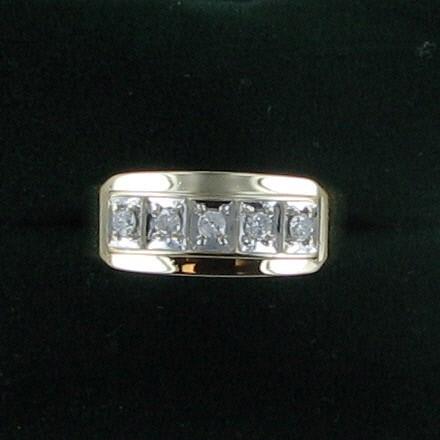 Lady's Diamond Wedding Band 5 Diamonds .50 Carat T.W. 14K Yellow Gold 3.8dwt