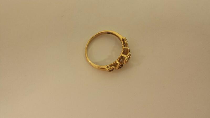 Lady's Stone & Diamond Ring .01 CT. 14K Yellow Gold 2dwt Size:7