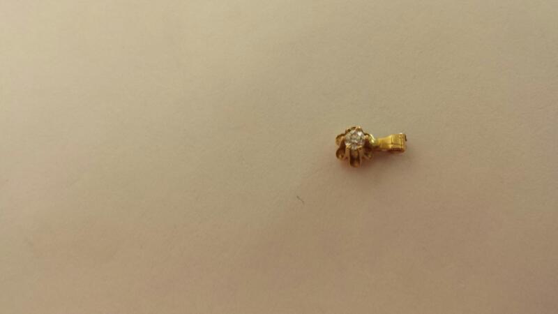 Gold-Diamond Solitaire Pendant .08 CT. 10K Yellow Gold 0.02dwt