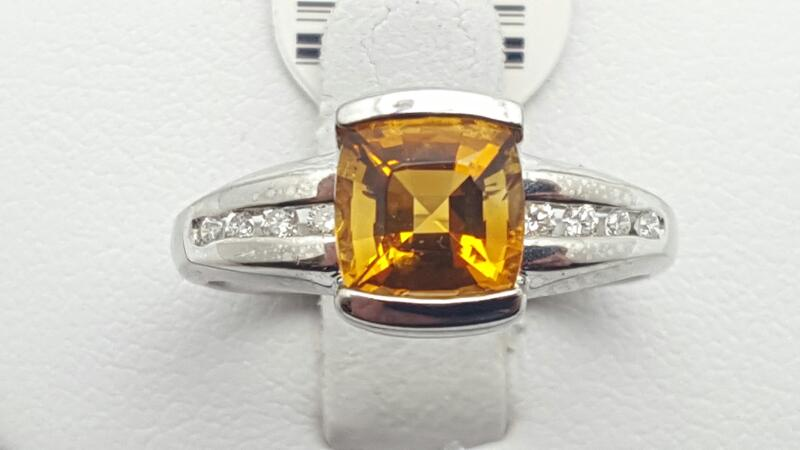 Citrine Lady's Stone & Diamond Ring 8 Diamonds .08 Carat T.W. 14K White Gold 4.7