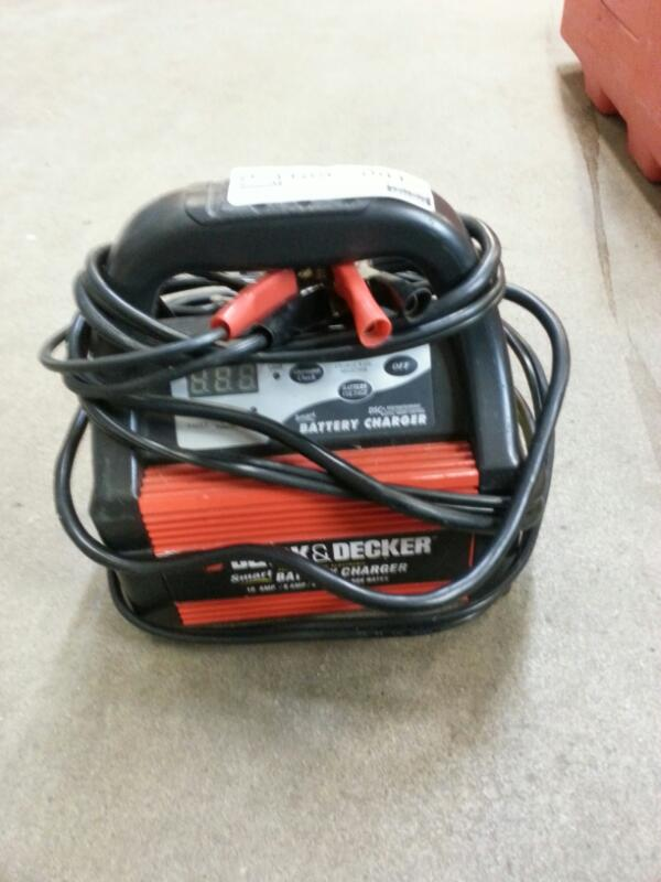 BLACK & DECKER Miscellaneous Tool VEC1086BBD 2/4/6 AMP SMART BATTERY CHARGER