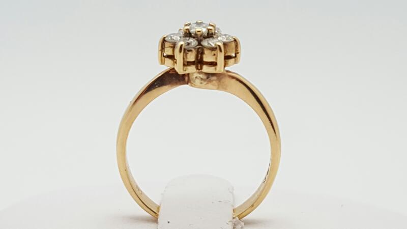 Lady's Diamond Cluster Ring 7 Diamonds .21 Carat T.W. 14K Yellow Gold 2.6g
