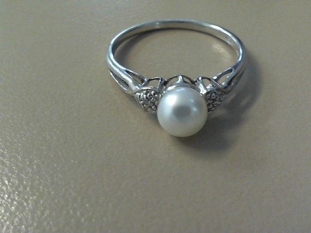 Synthetic Pearl Lady's Stone Ring 10K White Gold 1dwt Size:8.5