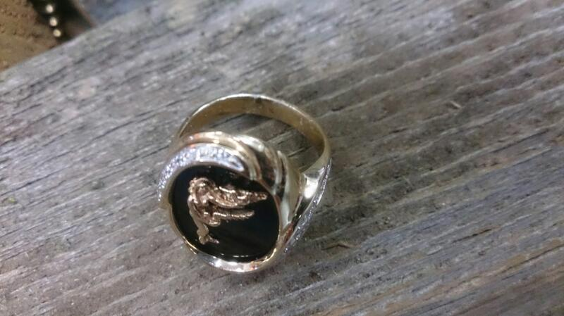 Onyx Stone & Diamond Ring lady with birds