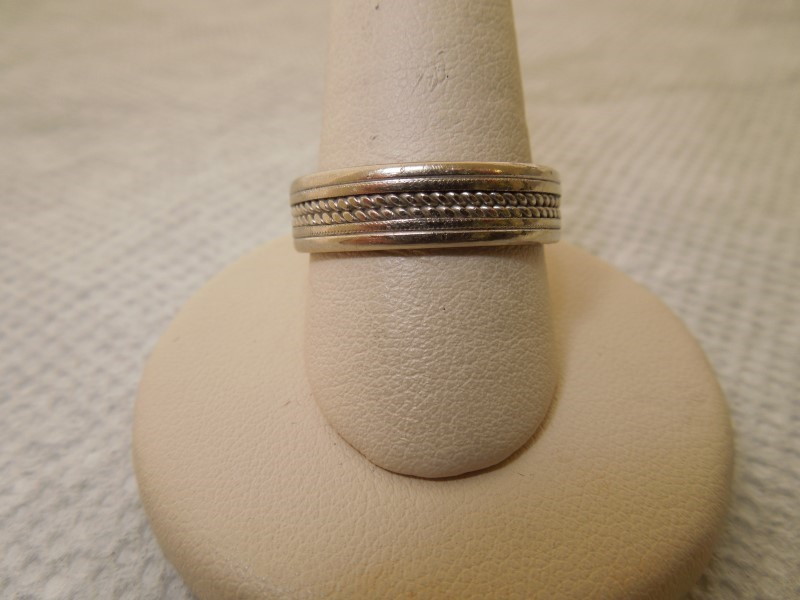 Gent's Gold Ring 14K White Gold 7.5g Size:10