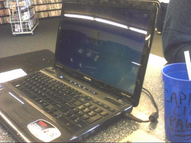 TOSHIBA PC Laptop/Netbook SATELLITE P755-S5215