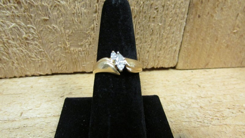 Lady's Diamond Fashion Ring 2 Diamonds .27 Carat T.W. 14K Yellow Gold 5.3g