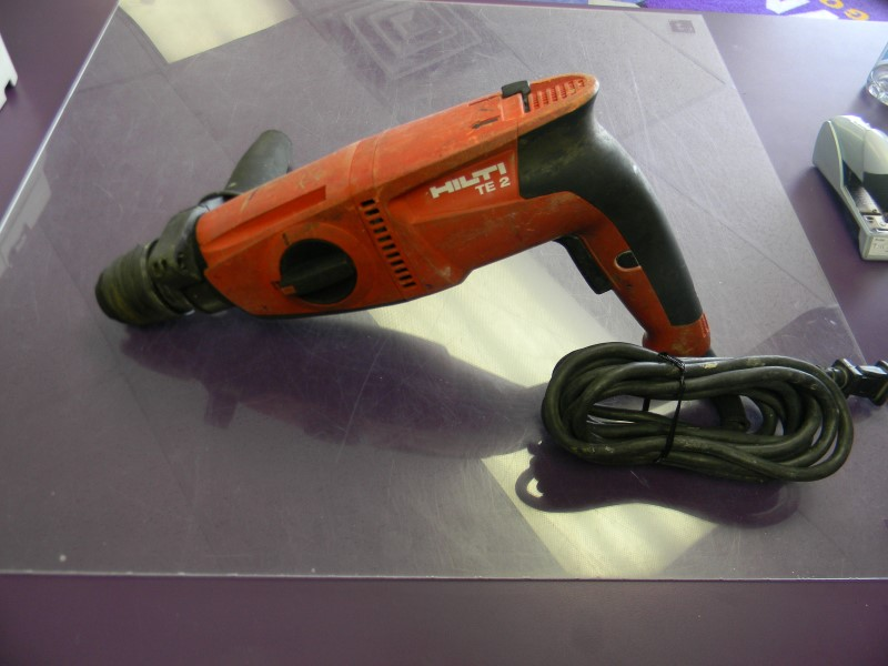Hilti TE2 Corded Rotary Hammer Drill