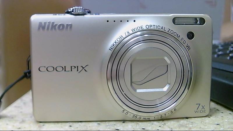 AS-IS Nikon Coolpix S6000 Digital Camera READ NOTES