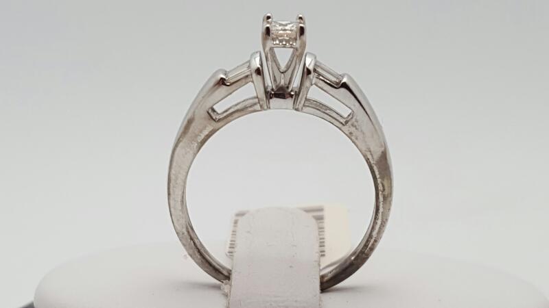Lady's Diamond Engagement Ring 5 Diamonds .28 Carat T.W. 10K White Gold 2.9g