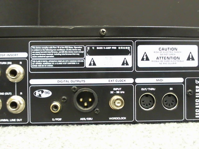 BEHRINGER Effect Equipment BASS V-AMP