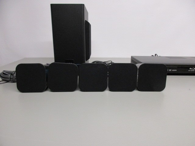 RCA RTB10323LW BLU-RAY HOME THEATER SYSTEM