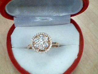 Gent's Diamond Cluster Ring 38 Diamonds 1.01 Carat T.W. 18K Yellow Gold 3.4g