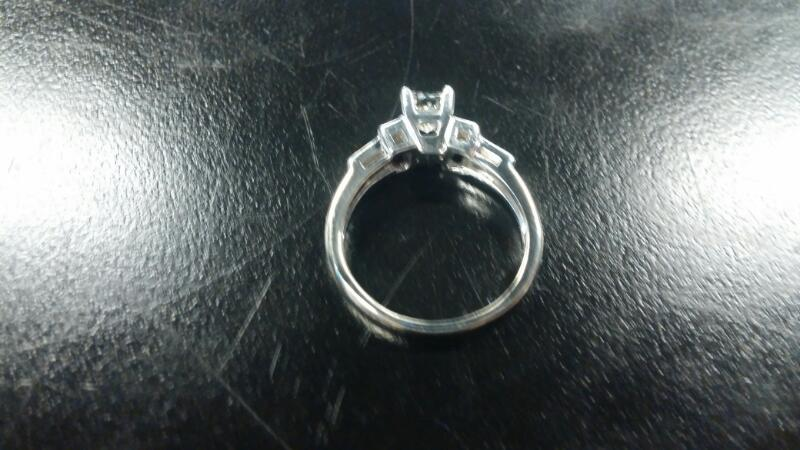 Lady's Gold Ring .58CT DIAM PRINCESS CUT SOLITARE 14K White Gold 2.7dwt Size:7.5