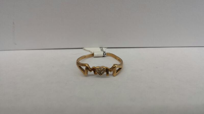 "10k Yellow Gold Ring with a Heart ""Mom"""