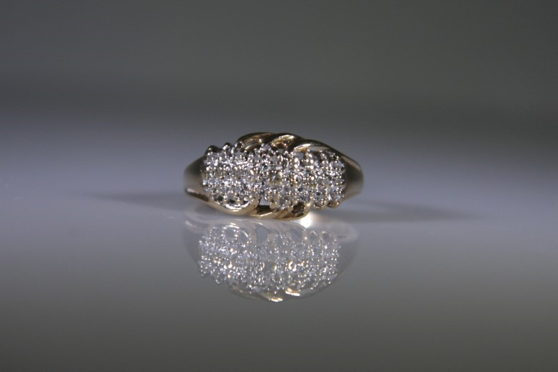 Lady's Diamond Cluster Ring 18 Diamonds .18 Carat T.W. 10K 2 Tone Gold 2.8g