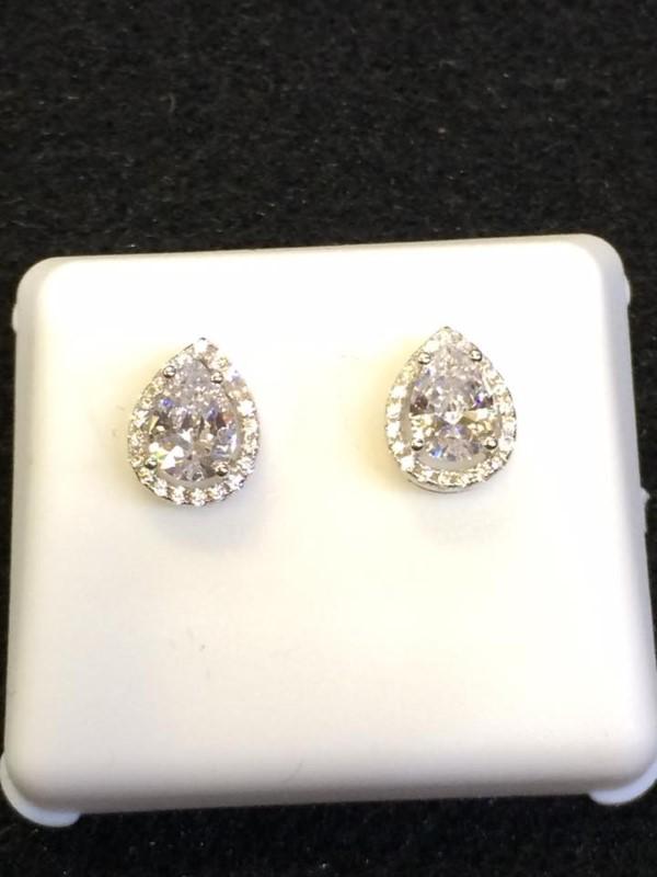 White Stone Silver-Stone Earrings 925 Silver 1.6g