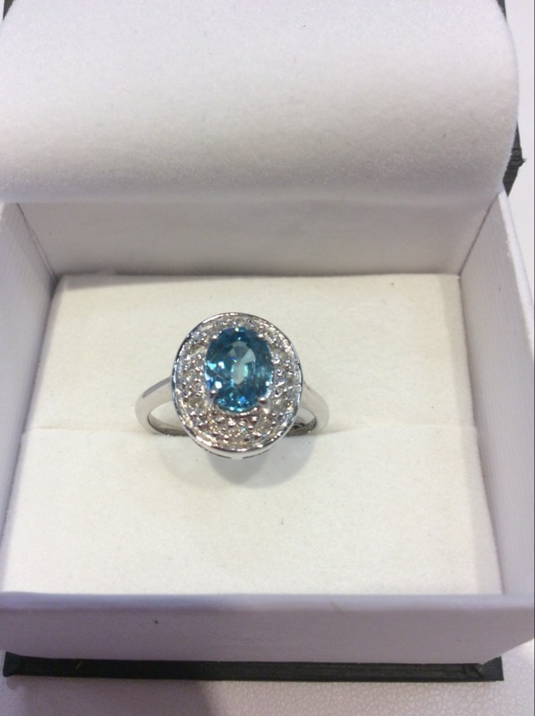 Lady's Gold blue zircon and diam Ring 14K White Gold 3.9g