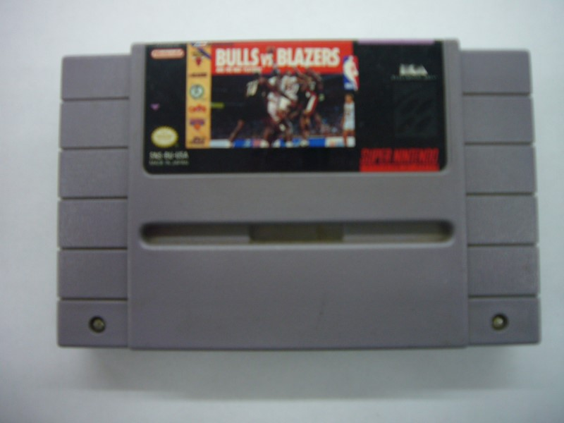 NINTENDO SNES Game BULLS VS BLAZERS *CARTRIDGE ONLY*