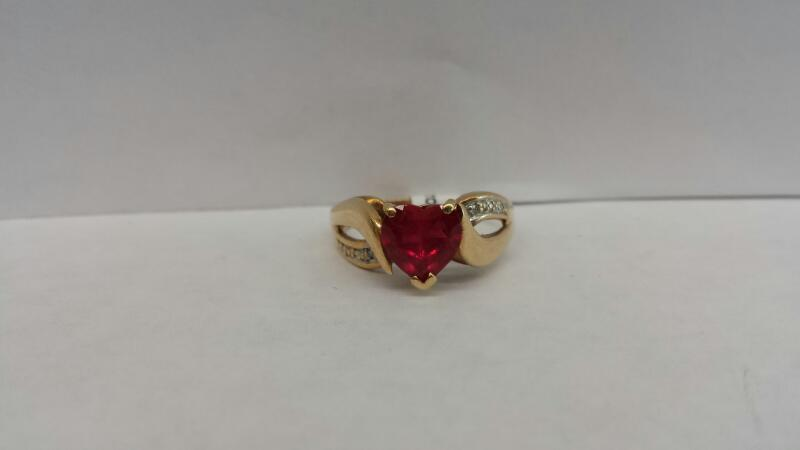 10k Yellow Gold Ring with a Red Heart and 4 Diamond Chips